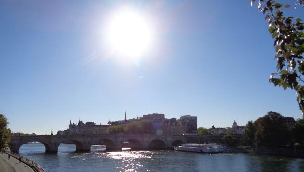 утрин в Париж